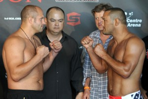 Fedor Emelianenko (L) faces off against Dan Henderson (R) (Strikeforce)