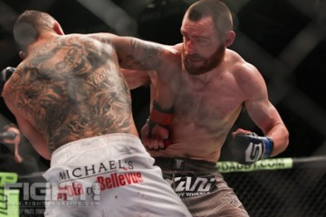Pat Healy (R) battles Caros Fodor (Paul Thatcher/Fight! Magazine)