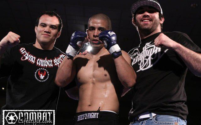 John Moraga (middle) with ACS teammates CB Dollaway (L) and Jamie Varner (Tracy Lee/Combat Lifestyle)