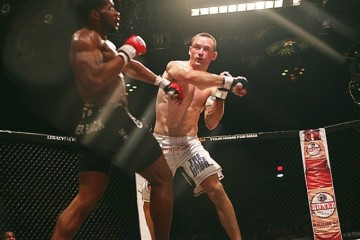 Jeff Rexroad (R) battles Larry Crowe at Legacy FC 9 (Andy Hemingway/Sherdog)