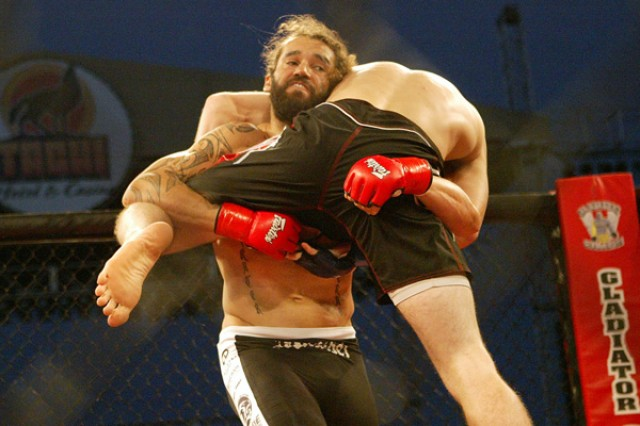 Joseph Henle (L) works for a takedown (Jeff Sherwood/Sherdog)