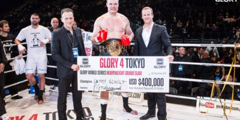 Semmy Schilt claimed the tournament (Ben Pontier/GLORY)