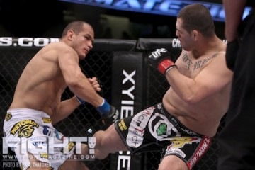 Junior dos Santos (L) and Cain Velasquez in their first meeting at UFC on Fox 1 (Paul Thatcher/Fight! Magazine)