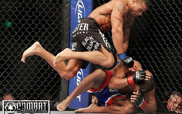 Abel Trujillo (L) delivers knees to the body of Marcus LeVesseur to eventually end their UFC on Fox 5 fight (Tracy Lee/Combat Lifestyle)
