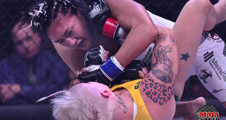 Carla Esparza (top) battles Bec Hyatt (Jerry Chavez/The MMA Corner)