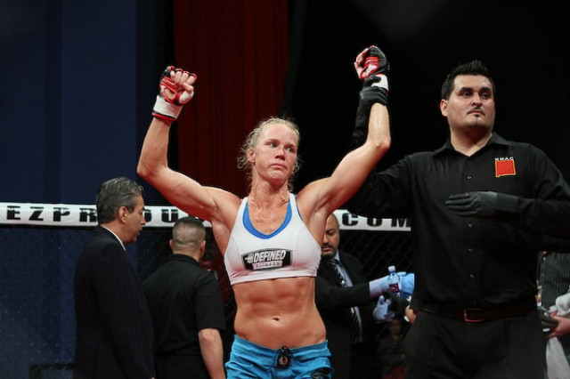 Bettors Wins Big/Sports Book Loses Big On Rousey/Holm MMA Fight