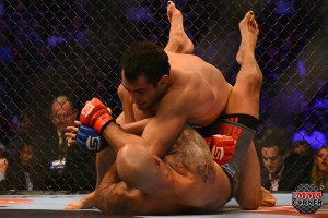 Gegard Mousasi (top) (Jerry Chavez/The MMA Corner)