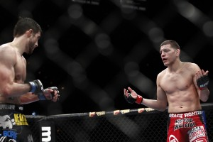 Diaz (R) taunts his opponent (Esther Lin/MMA Fighting)