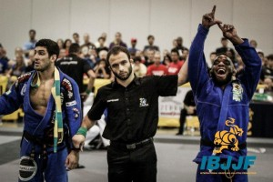 """DJ"" Jackson (R) (Preston Smith/IBJJF)"