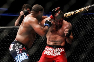 Daniel Cormier (L) and Frank Mir brought out the boo-birds at UFC on Fox 7 (Esther Lin/MMA Fighting)