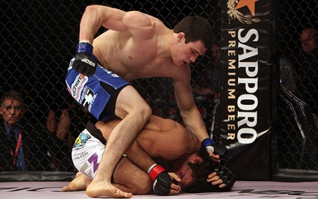 Tyson Steele (top) finishes off Gregor Gracie (Dave Mandel/Sherdog)