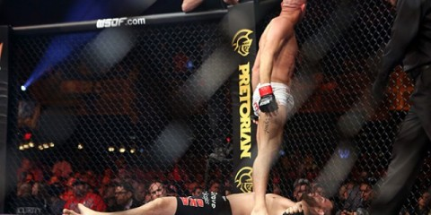 Josh Burkman (standing) celebrates his technical submission of Jon Fitch (Dave Mandel/Sherdog)