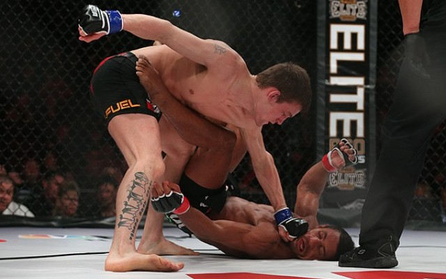 Rick Glenn (top) finishes off his opponent (Dave Mandel/Sherdog)