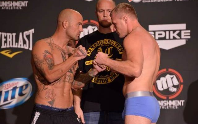 Alexander Shlemenko (R) squares off with Doug Marshall (Bellator MMA)