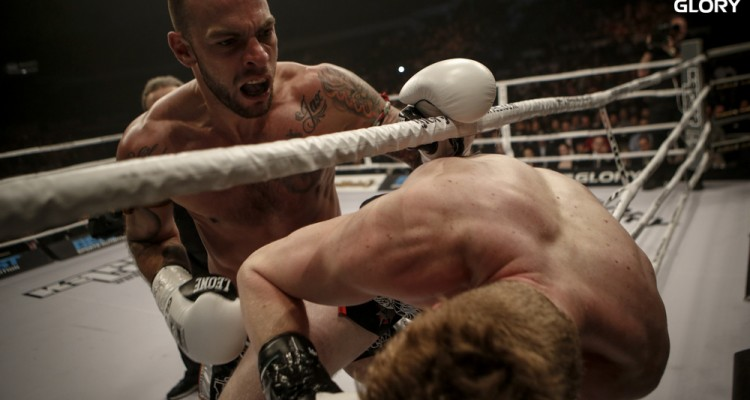 Joe Schilling vs Robert Thomas (GLORY Sports International)