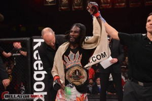 Bellator has a new featherweight champion with Straus defeating Curran (Bellator)