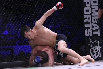 Joe Ellenberger (top) (Keith Mills/Sherdog)