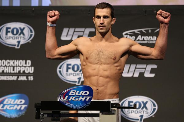 After losing his UFC debut, Luke Rockhold recovered with a first round victory over Costa Philippou (Dave Mandel/Sherdog)