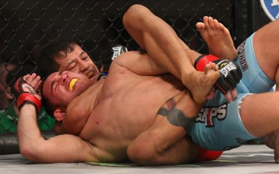 Eduardo Dantas (rear) submits Anthony Leone (Keith Mills/Sherdog)