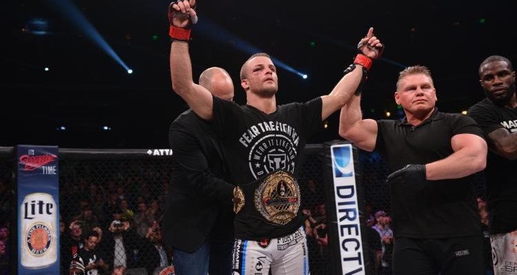 """Paddy Mike"" took the belt back from Daniel Straus and hopes to keep it for quite some time (Bellator)"