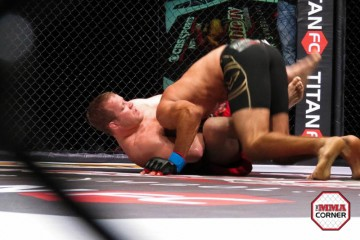 Jason Brilz (bottom) attacks with a guillotine (Jeff Vulgamore/The MMA Corner)