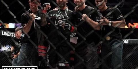 Heath Sims (second from right) (Tracy Lee/Combat Lifestyle)