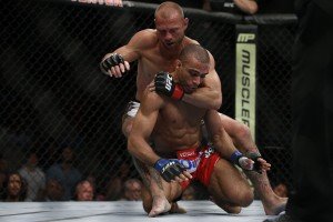Donald Cerrone (rear) (Esther Lin/MMA Fighting)
