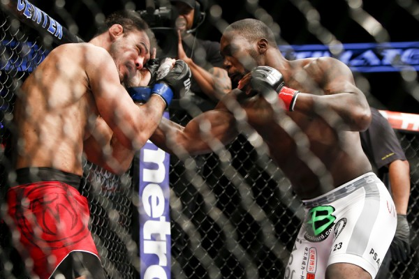"""Anthony """"Rumble"""" Johnson (R) (Esther Lin/MMA Fighting)"""