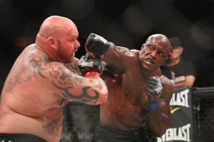 Bobby Lashley (left)(Keith Mills/Sherdog)