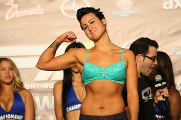 Ashlee Evans-Smith (Keith MIlls/Sherdog)