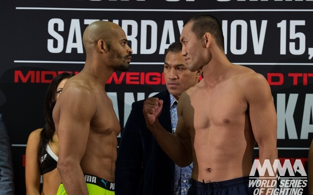 David Branch (L) vs. Yushin Okami (R)  (Lucas Noonan/World Series of Fighting)