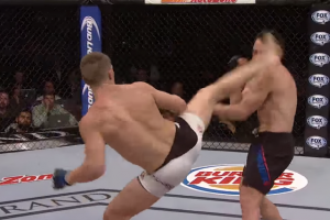 Stephen Thompson Delivers Knockout Blow to Jake Ellenberger (UFC on FOX)
