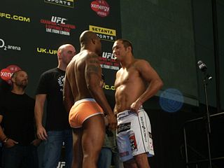 ufc_75_weigh-in_henderson_vs_jackson_face-off