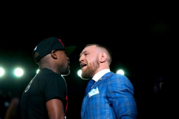 Floyd Mayweather (l) and Conor McGregor (Will Rideout/Sherdog)